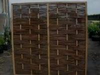 Mülltonnenverkleidung aus Holz