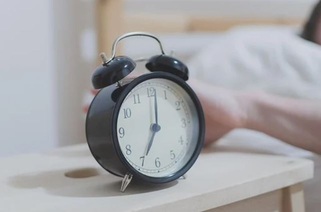 konzentration-foerdern-wecker-schlaf