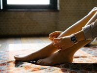 Hausmittel gegen Krampfadern: 10 Tipps, die wirklich helfen